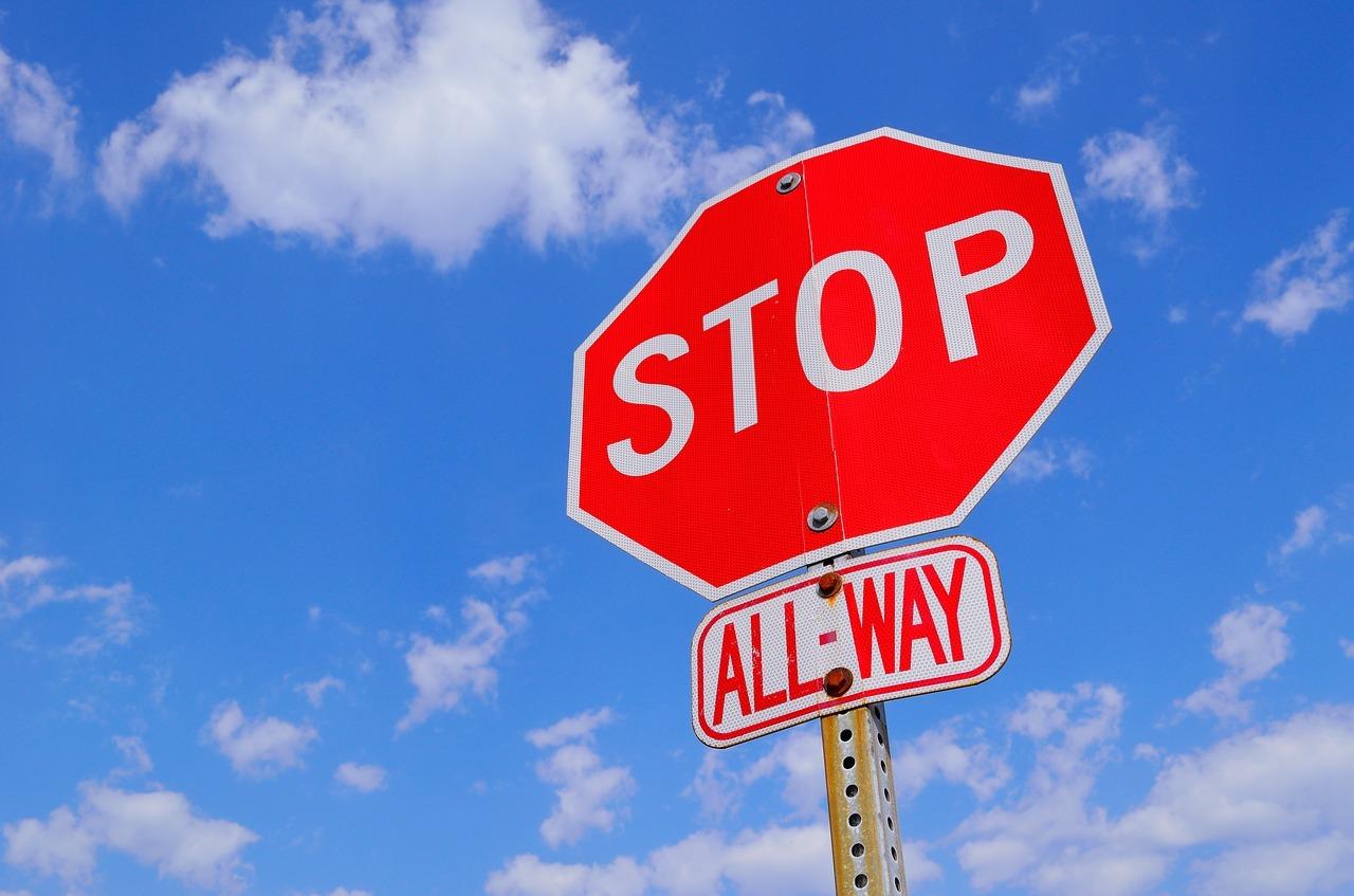 Dubbio n.12: quali errori correggere in revisione e quali invece esigono uno stop? (parte I)